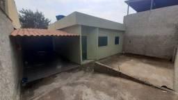 Título do anúncio: Oportunidade! Casa construída em lote de 250m² no Granjas Primavera por apenas 200mil