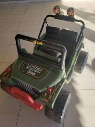 Carrinho jeep elétrico