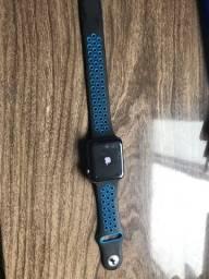 Título do anúncio: Vendo Apple Watch Series 3, 42mm,Tela sem nenhuma arranhado.