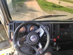 Ford cargo 712 reboque