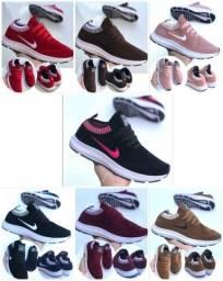 Título do anúncio: Vendo Tênis Nike camurça ( 120 com entrega)