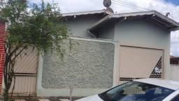 Título do anúncio: Casa para Venda em Araras, Jardim Belvedere, 3 dormitórios, 2 banheiros, 2 vagas