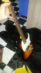Título do anúncio: Guitarra Memphis MG 52
