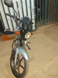 Título do anúncio: Vendo moto 150