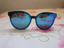 Óculos de sol Carmim. Original. Novo