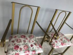 Título do anúncio: Cadeira de aproximação de ferro
