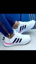 Título do anúncio: Tênis Adidas Confort Feminino