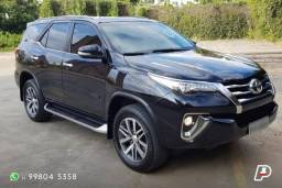Toyota Hilux SW4 SRX / 2,8 Diesel / Todas as revisões na Toyota / 2017