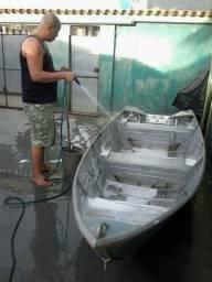 Vendo barco de alumínio ou troco por carro do meu enterresse.