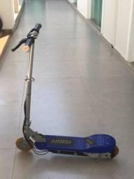 Patinete e-scooter elétrico em perfeito estado