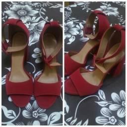 Sandália Nova Vermelha