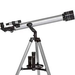 Telescópio 675x