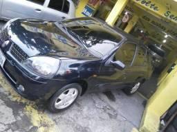 Clio sedan 1.6 barato financia aproveite - 2006