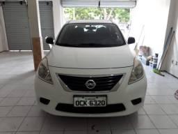 Nissan Versa - 2011