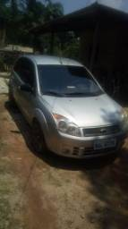 Vendo ano 2007/2008 Tudo ok valor 11mil pego moto como parte do pagamento carro tá bom - 2008