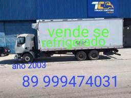 Caminhão refrigerado - 2003