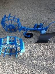 Arado micro trator tobatta tobata