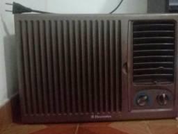 Ar-condicionado eletrolux 7.000btcon voltagem 110w