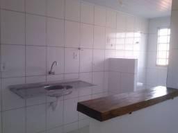 Apartamento com 2 quartos, sem condomínio, próximo às Universidades PUC e UFG