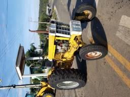 Trator CBT 1000 4x2