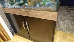Vendo Aquario + móvel 200 litros