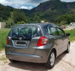 Honda Fit 1.4 LXL automático, lindo carro, pneus novos, carro revisado - 2011
