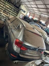 Sucata para retirada de peças- BMW X1 2013