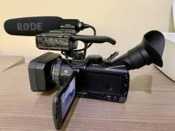 Câmera Sony HXR-NX70N