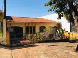 Casa com 3 quartos - Maringá/PR