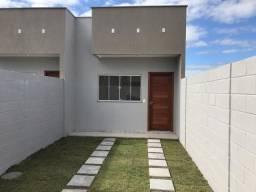 Casa térrea no bairro Lagoa Park, com 02 quartos sendo 01 suíte