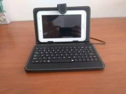 Case com teclado para tablet