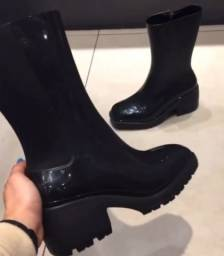 Nancy boot melissa tamanho 36