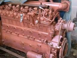 Motores mwm 225/6 e Mercedes 352 6 cilindros