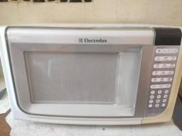 Título do anúncio: Microondas Electrolux 31 litros