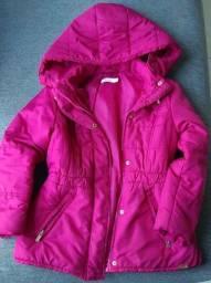 Título do anúncio: 2 casacos infantis em estado de novo