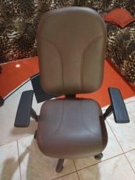 Título do anúncio: Cadeira de escritório!!!