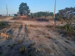 Título do anúncio: Vende-se um terreno no KM 16.