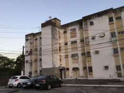 Apartamento em Jardim Atlântico com 3 quartos
