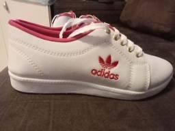 tênis Adidas e Fila