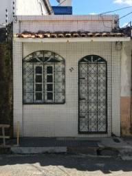 Alugo casa no bairro Umarizal - R$ 800