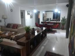 Casa e Apart. na Vila (Comercial ou residencial) 16 m de Frente, 406 de terreno