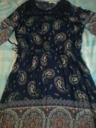 Vestidos e blusas