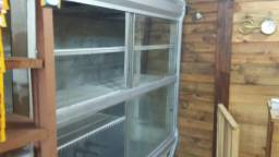 Balcão refrigerado funcionando AC cartao
