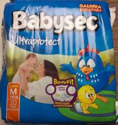 Fralda Babysec Ultraprotect, tamanho M