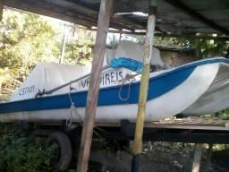Vendo barco com motor - 2000