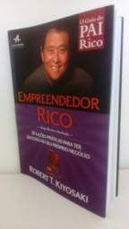 Empreendedor Rico em bom estado fotos reais