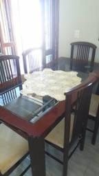 Mesa top com 6 cadeiras Barbada