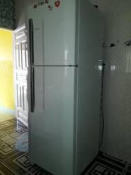 Carga de gás em geladeira 150