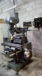 Fresadora Veker ISO 30 modelo VK406v