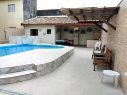Casa para temporada Peruíbe com piscina 50 metros da praia
